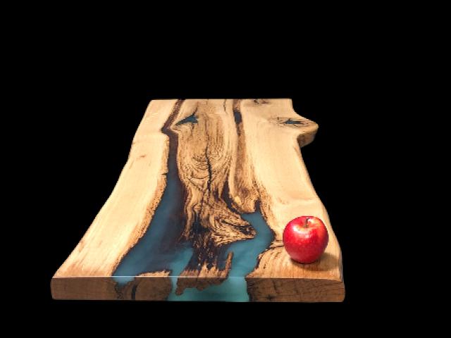 Table résine : type rivière